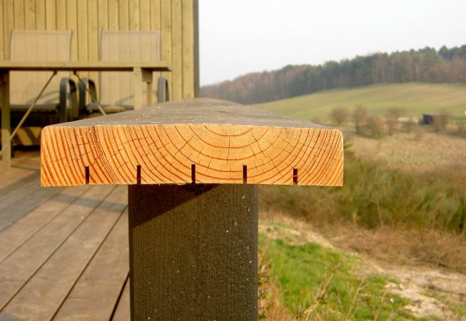 Afspændingsspor planke lærketræ